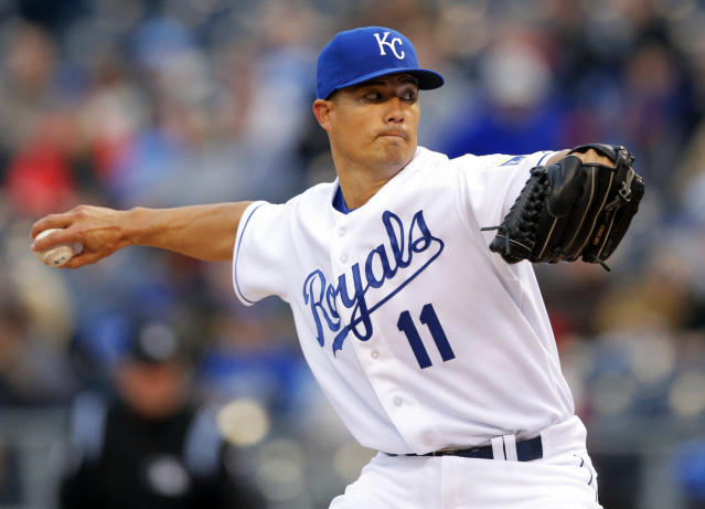 Kansas City Royals starting pitcher Jeremy Guthrie delivers to a Toronto Blue Jays batter during the first inning of a baseball game in Kansas City, Mo., Thursday, May 1, 2014. (AP Photo/Orlin Wagner)