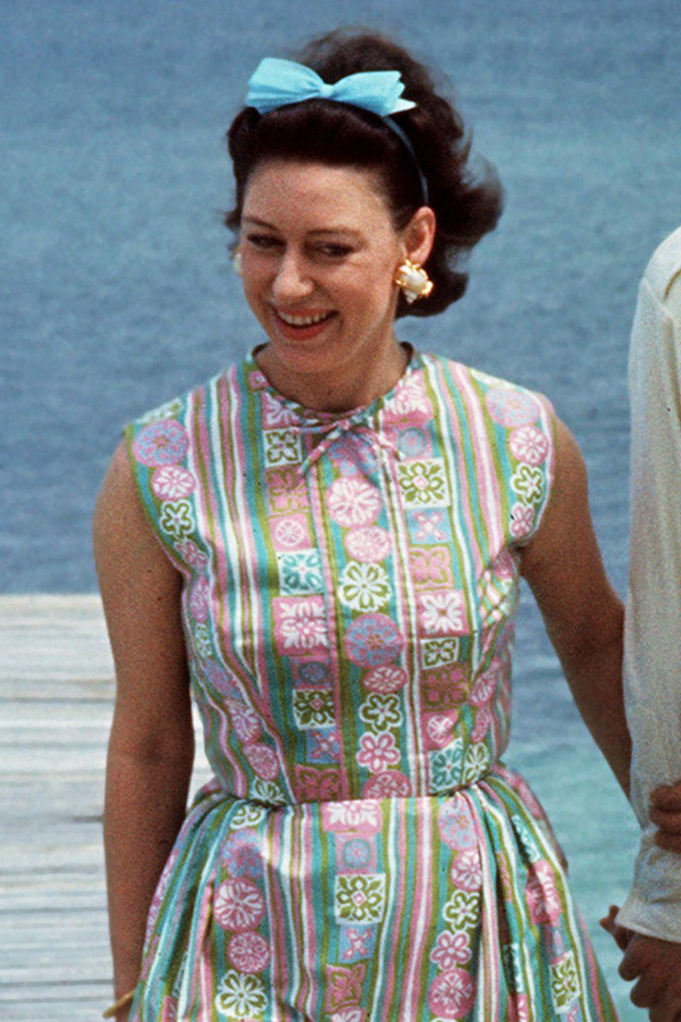 <p>A blue bow headband on Princess Margaret in 1967. </p>