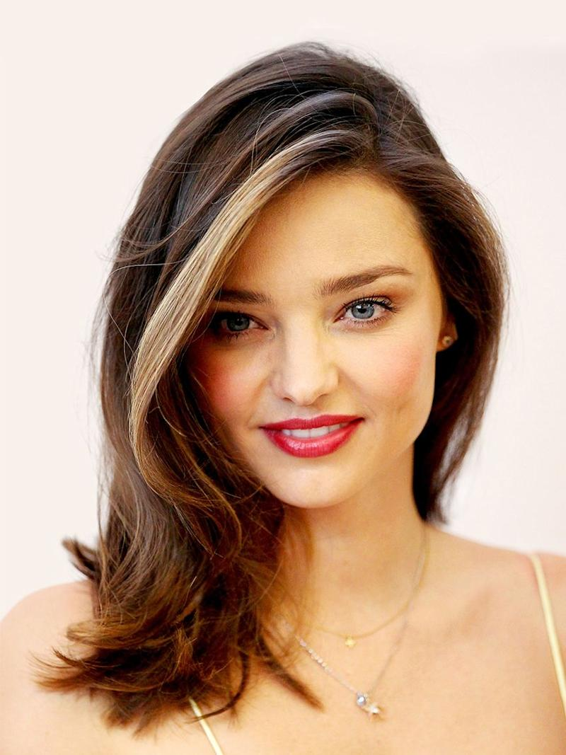 11 Medium-Length Layered Haircuts to Inspire Your Fall Vibe