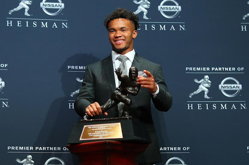 Multiple old homophobic tweets from Oklahoma quarterback Kyler Murray surfaced on Twitter just hours after he won the Heisman Trophy on Saturday night. (Rich Graessle/Icon Sportswire)