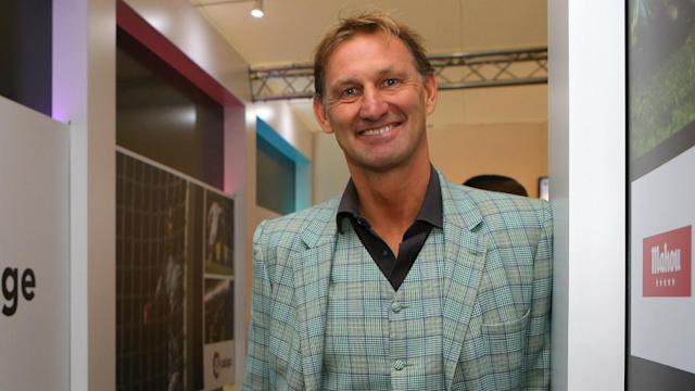 Arsenal legend Tony Adams has been appointed as the new Granada boss, replacing Lucas Alcaraz.