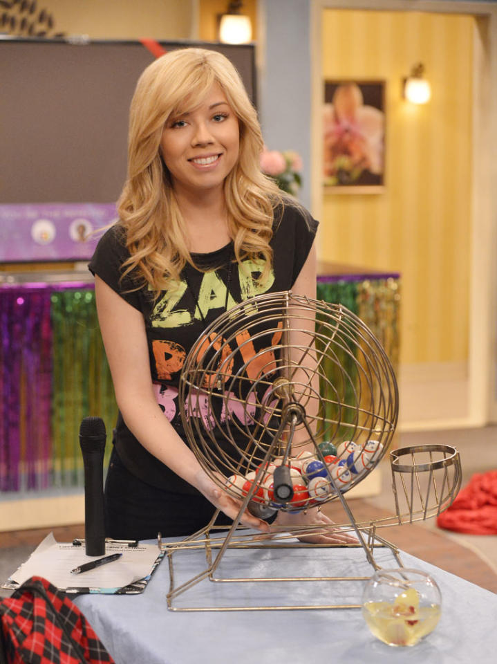 "Sam (Jennette McCurdy) in the ""Sam & Cat"" episode, ""#TheBritBrats."""