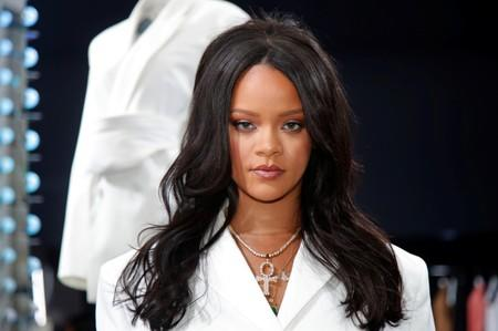 No phones please: Rihanna stages fashion show for exclusive Amazon release