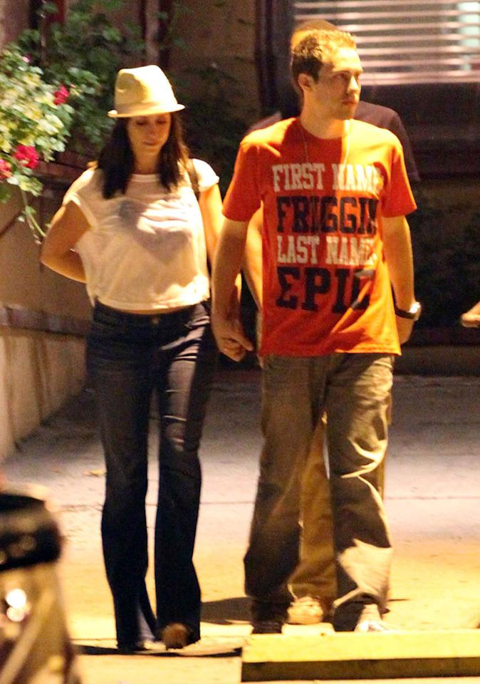"""Later, J.Love and her apparent new guy, Jarod Einsohn, held hands after grabbing a bite at the Silver Spoon in West Hollywood. The actor has had small roles in shows like """"Medium"""" and movies like """"Eagle Eye."""" What do you think of his goofy shirt? JCalderon/<a href=""""http://www.splashnewsonline.com"""" target=""""new"""">Splash News</a> - September 14, 2011"""