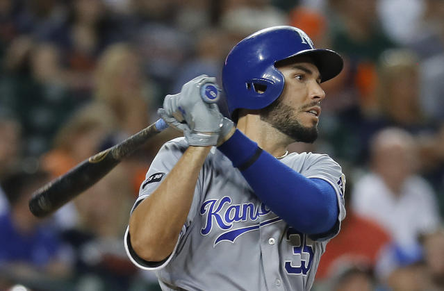 Eric Hosmer is still looking for a job this winter. (AP Photo/Paul Sancya)