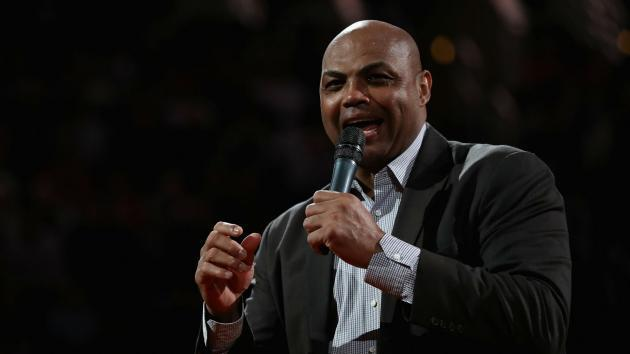 <p>Charles Barkley, at campaign rally, chides 'idiots' in Alabama for supporting Roy Moore</p>