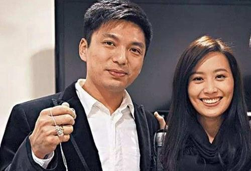 Daniel Sit was married to Fala Chen in the past, they divorced in 2013