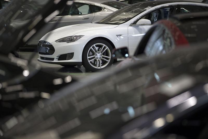 Panasonic Says It's Open to Working With Tesla on China Factory