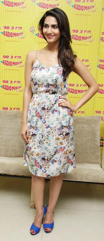 Newcomer Vaani Kapoor must have butterflies in her tummy with her debut film all set for release! We spotted her promoting her film in a lovely casual floral-print Zara dress.
