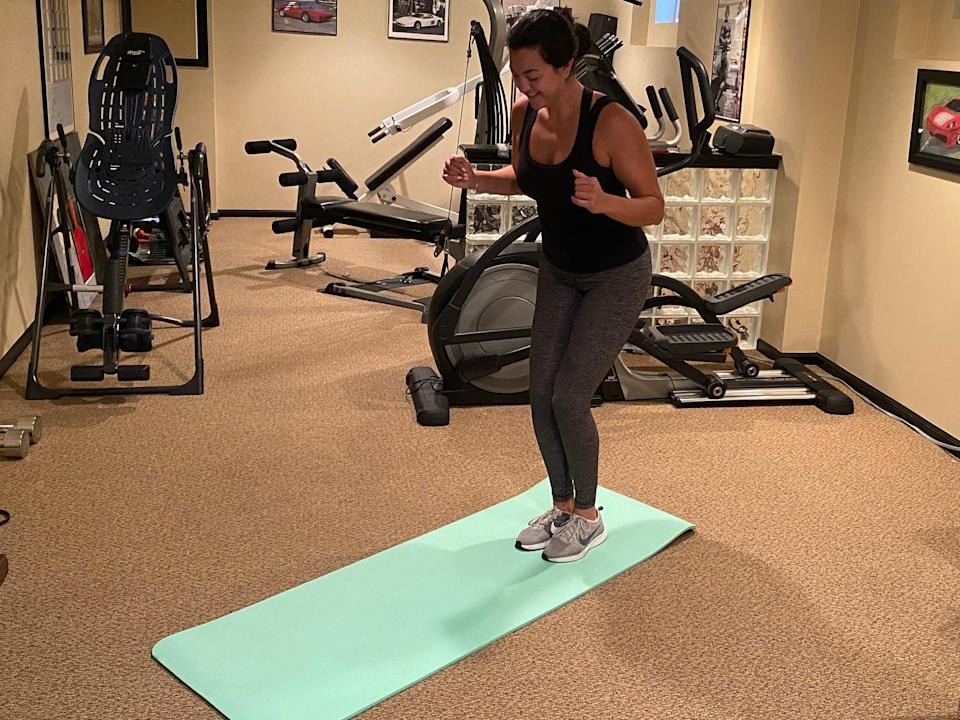 """Part of Serena Williams' routine includes a ladder. I used a mat instead. <p class=""""copyright"""">Fabiana Buontempo for Insider</p>"""