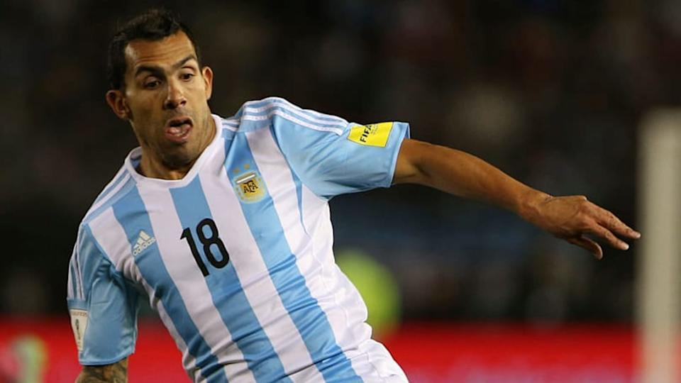 Carlos Tevez | Daniel Jayo/Getty Images