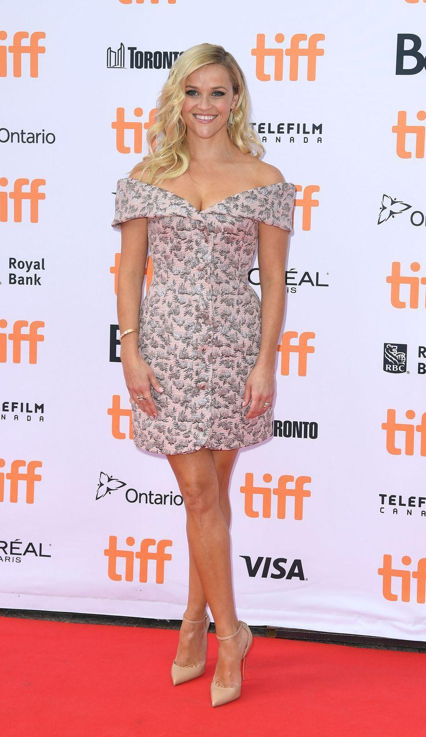 <p>Short and sweet is just how she liked it for the 2016 Toronto International Film Festival wearing Ulyana Sergrenko</p>