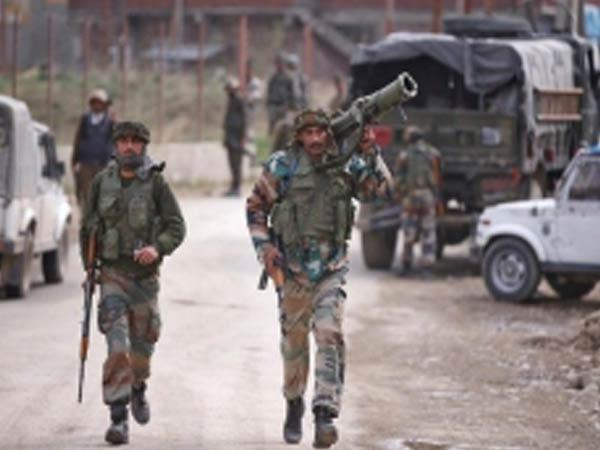 Indian Army Jawans carried woman and her newborn safely rescued them to their home.
