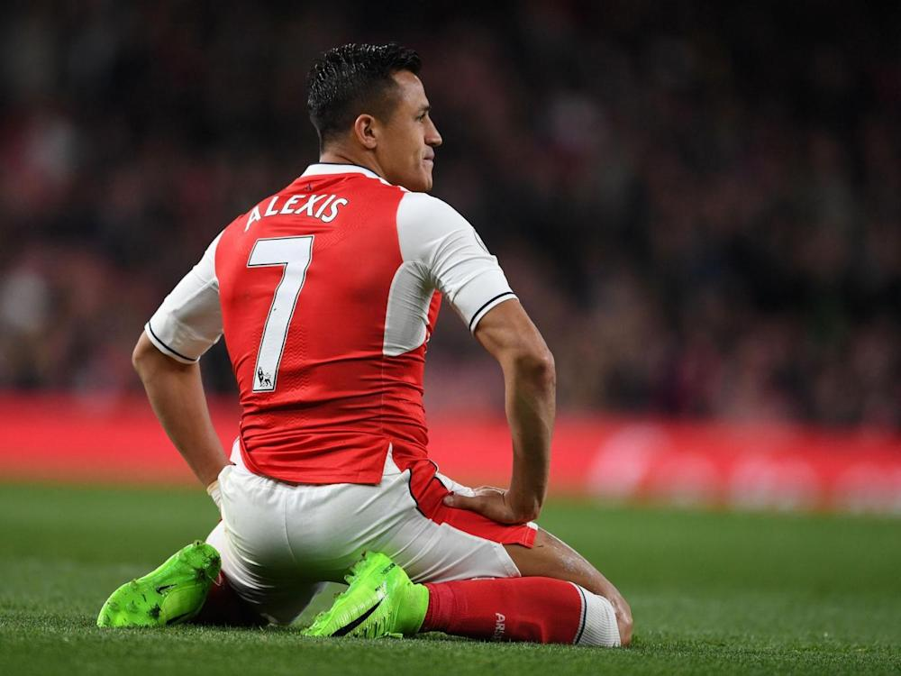 Alexis Sanchez has hit out at his Arsenal teammates on the training ground (Getty)