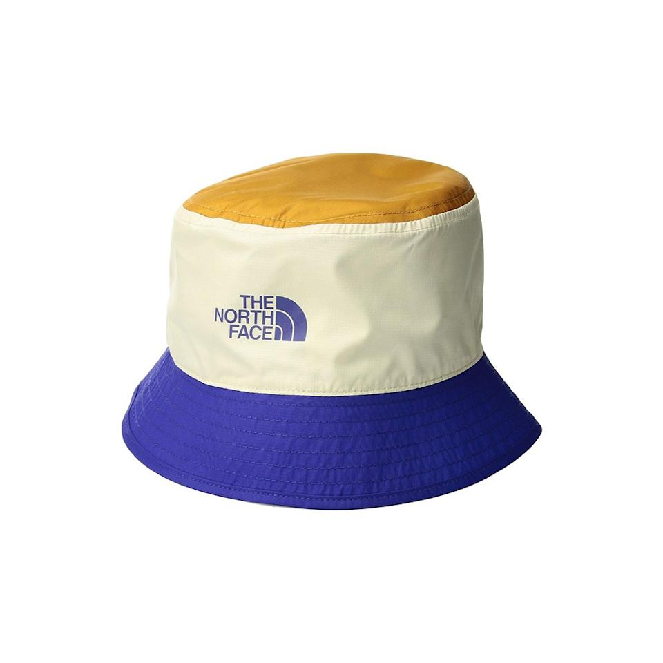 """<p>Not only will this color-block hat keep the sun out of your eyes, but it's also completely reversible and is designed to be easily packed away while on the go.</p> <p><strong>Buy it:</strong> $25 (originally $28), <a href=""""https://www.zappos.com/p/the-north-face-sun-stash-hat-vintage-white-aztec-blue-desert-floral-print/product/8238599/color/789415"""" rel=""""nofollow"""">zappos.com</a></p>"""