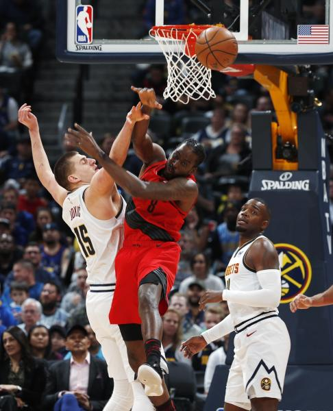 McCollum Leads Blazers Past Cold Nuggets, 97-90