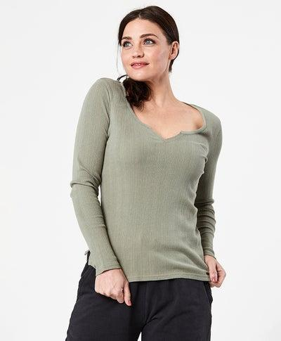 """<h2>Pact</h2><br><strong>Dates: </strong>Limited time<br><strong>Sale:</strong> Mid-season clearance sale<br><strong>Code:</strong> None<br><br><em>Shop <strong><a href=""""https://wearpact.com/women/clearance"""" rel=""""nofollow noopener"""" target=""""_blank"""" data-ylk=""""slk:Pact"""" class=""""link rapid-noclick-resp"""">Pact</a></strong></em><br><br><strong>PACT</strong> Ribbed Long-Sleeve Top, $, available at <a href=""""https://go.skimresources.com/?id=30283X879131&url=https%3A%2F%2Fwearpact.com%2Fwomen%2Fapparel%2Ftops%2520%26%2520shirts%2Fclearance%2520rib-fit%2520long%2520sleeve%2520top%2Fwa1-wrn-mkg"""" rel=""""nofollow noopener"""" target=""""_blank"""" data-ylk=""""slk:PACT"""" class=""""link rapid-noclick-resp"""">PACT</a>"""