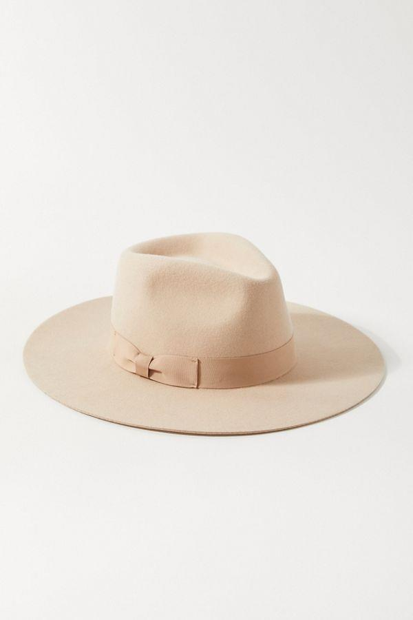 This hat makes any outfit instantly ten times cooler. (Credit: Urban Outfitters)