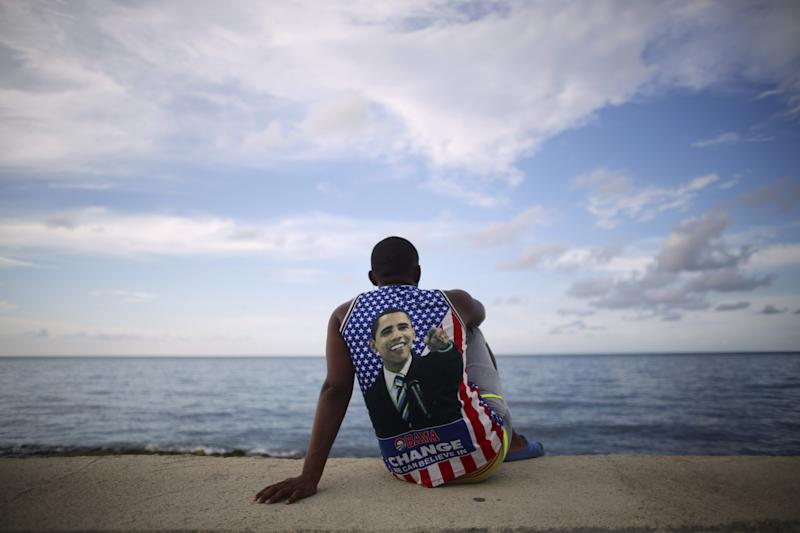 A Cuban fan of President Obama sits near the U.S. Embassy in Havana, August 14, 2015. (Photo: Alexandre Meneghini/Reuters)