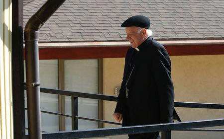 Archbishop of Santiago, Ricardo Ezzati arrives at a meeting of the Chile's Episcopal Conference in Punta de Tralca