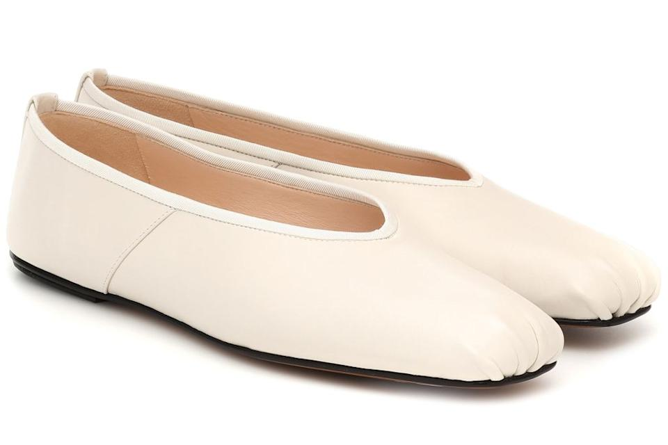 the row, the row shoes, the row ballet flat, ballet flat, fall 2020 fashion trends, fall 2020 shoe trends, shoes, the row fashion