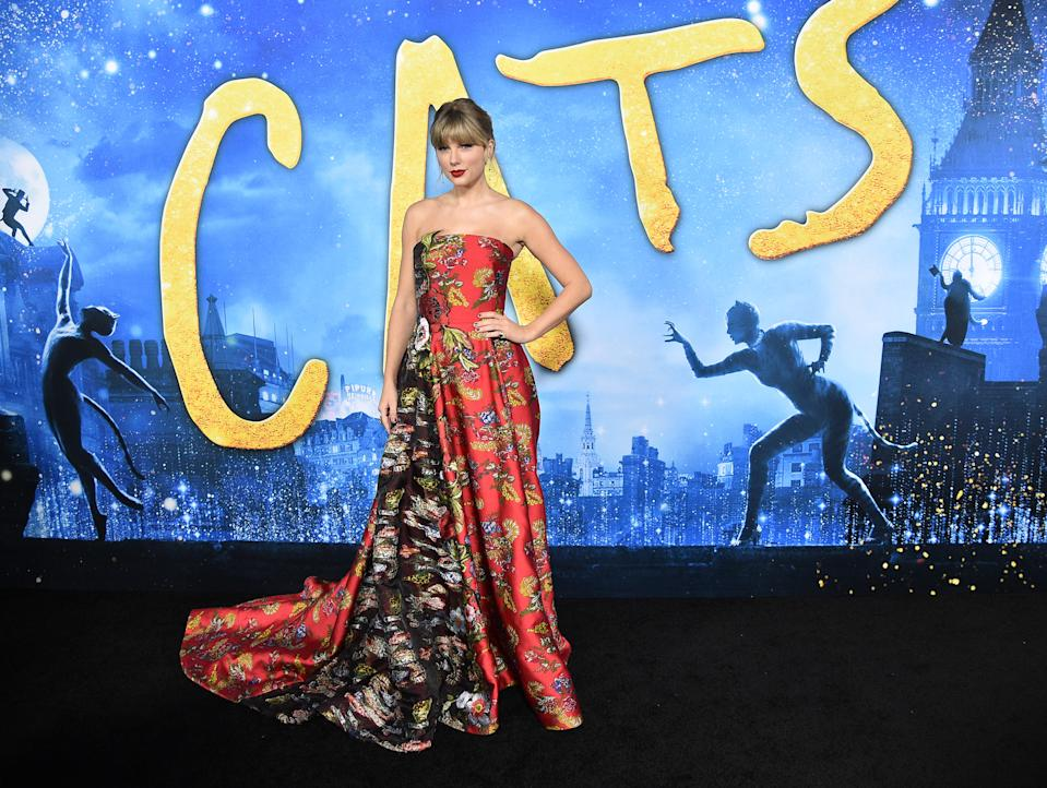 """NEW YORK, NEW YORK - DECEMBER 16:  Taylor Swift attends the """"Cats"""" World Premiere at Alice Tully Hall, Lincoln Center on December 16, 2019 in New York City. (Photo by Theo Wargo/WireImage)"""