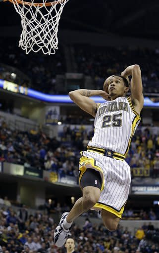Indiana Pacers' Gerald Green (25) goes up for a dunk during the second half of an NBA basketball game against the Atlanta Hawks Monday, March 25, 2013, in Indianapolis. The Pacers defeated the Hawks 100-94. (AP Photo/Darron Cummings)