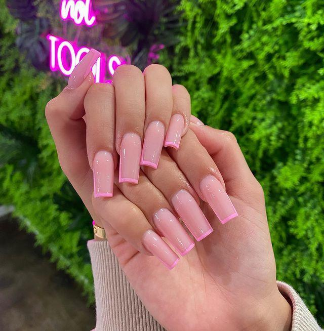 """<p>If you love the look of a coffin-shaped nail, try this Valentine's version with the addition of a pink French tip.</p><p><a href=""""https://www.instagram.com/p/CDmXruVp4CI/"""" rel=""""nofollow noopener"""" target=""""_blank"""" data-ylk=""""slk:See the original post on Instagram"""" class=""""link rapid-noclick-resp"""">See the original post on Instagram</a></p>"""