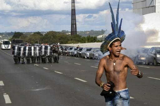 Brazilian police, indigenous tribes clash outside Congress