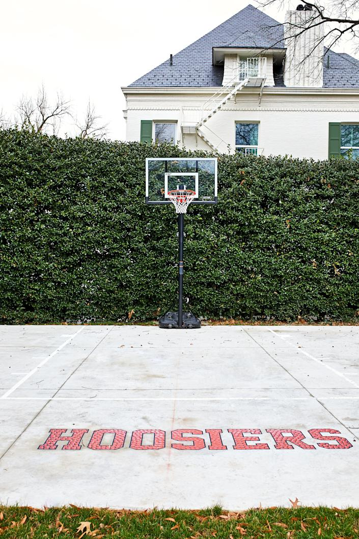 """The Pence family added the logo <a href=""""https://www.washingtonpost.com/lifestyle/magazine/new-curtains-a-beehive-and-a-basketball-court-the-pences-at-the-vice-presidents-residence/2018/04/12/c3817dec-18cb-11e8-92c9-376b4fe57ff7_story.html"""" target=""""_blank"""" rel=""""noopener noreferrer"""">from the movie """"Hoosiers""""</a> for their time at the residence. (Photo: The Washington Post via Getty Images)"""