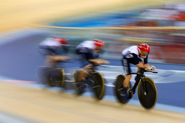 Dani King, Laura Trott and Joanna Rowsell of Great Britain compete as they set a new world record in the Women's Team Pursuit Track Cycling qualifying on Day 7 of the London 2012 Olympic Games at Velodrome on August 3, 2012 in London, England. (Photo by Jamie Squire/Getty Images)