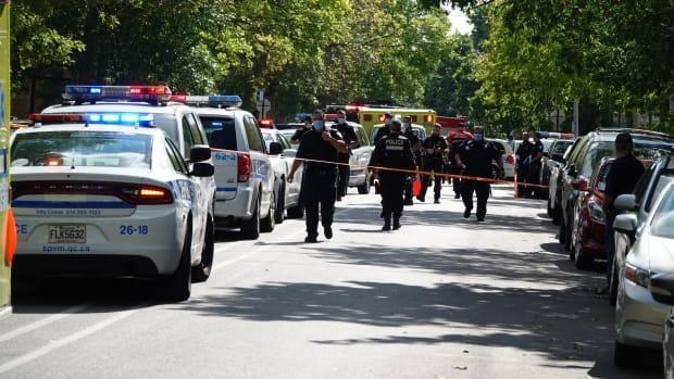 A 39-year-old woman, a 17-year-old girl and a 44-year-old man were all victims in the Sunday afternoon stabbing on Goyer Street near Darlington Street in Côte-des-Neiges. (Mathieu Wagner/Radio-Canada - image credit)
