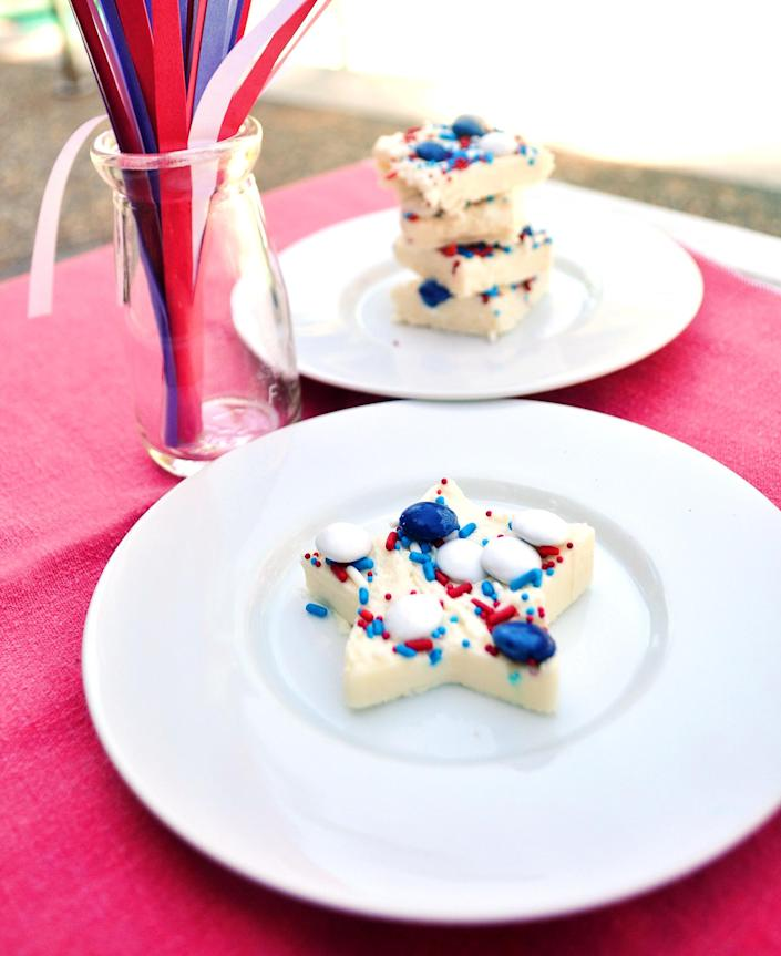 4th of July fudge (Club Chica Circle)