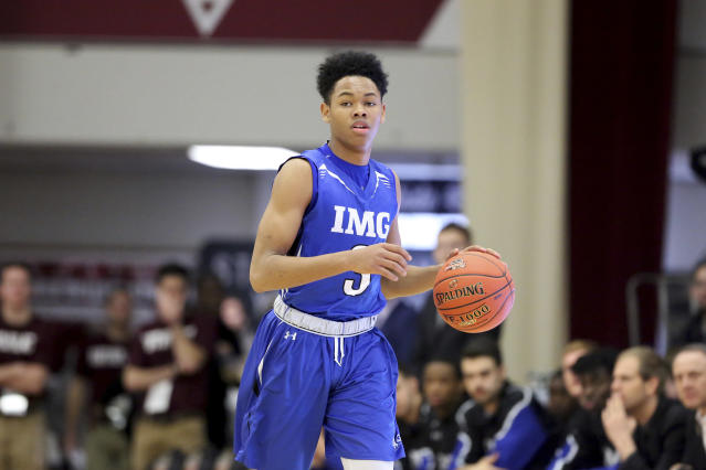 IMG Post Grad National's Anfernee Simons #3 in action against Vermont Academy during a high school basketball game at the Hoophall Classic, Sunday, January 14, 2018, in Springfield, Massachusetts. (AP)