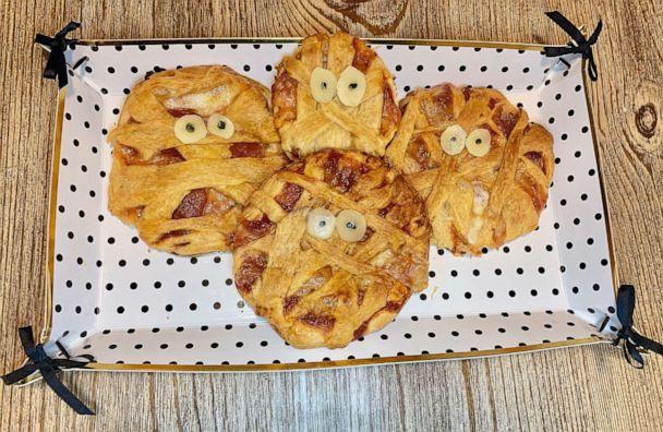 PHOTO: I made Pinterest's top 10 Halloween recipes of 2019, which included Mummy Pizza Pies. (ABC News)