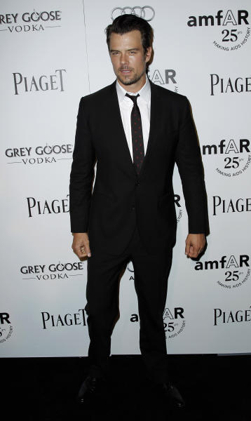 """FILE - In this Oct. 27, 2011 file photo, Josh Duhamel arrives at amfAR's Inspiration Gala in Los Angeles. The Gala benefits AIDs research worldwide. The Gala benefits AIDs research worldwide. Duhamel, the star of """"Transformers: Dark of the Moon"""" was named on Tuesday, Jan. 22, 2013, as host of Nickelodeon's 26th Annual Kids' Choice Awards, which will be broadcast from the Galen Center in Los Angeles on March 23, 2013. (AP Photo/Matt Sayles, file)"""