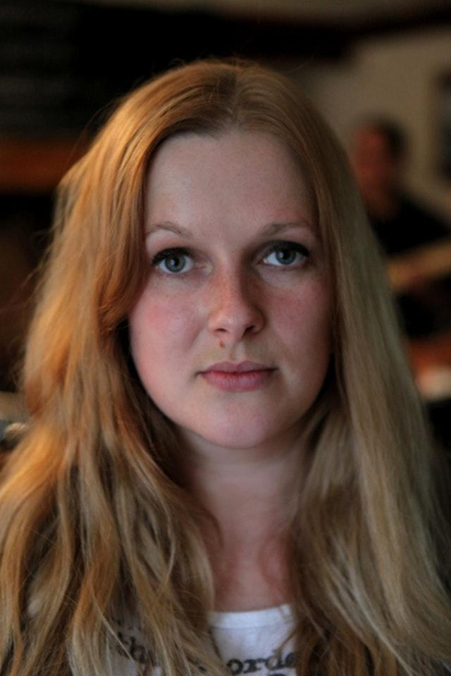 Composer records sounds of her own surgery