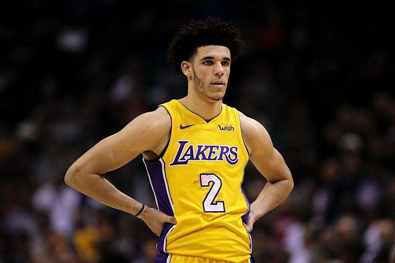 MILWAUKEE, WI - NOVEMBER 11: Lonzo Ball #2 of the Los Angeles Lakers stands on the court in the fourth quarter against the Milwaukee Bucks at the Bradley Center on November 11, 2017 in Milwaukee, Wisconsin. NOTE TO USER: User expressly acknowledges and agrees that, by downloading and or using this photograph, User is consenting to the terms and conditions of the Getty Images License Agreement. (Photo by Dylan Buell/Getty Images)