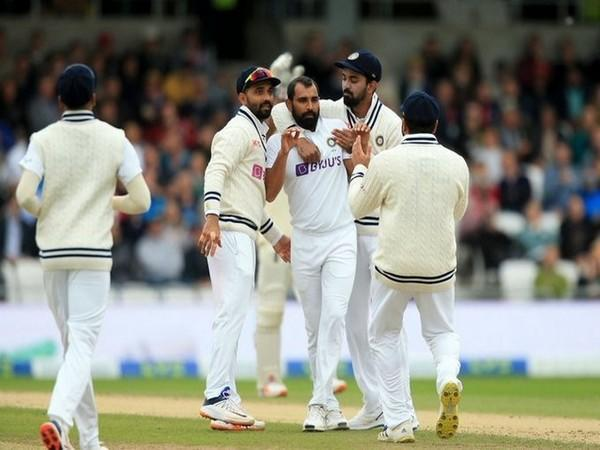 Shami celebrates after taking a wicket (Photo/ ICC Twitter)