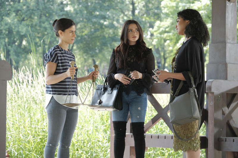 """Jane (middle) and Kat (right) interview Mia Lawrence during """"The Bold Type's"""" season finale. (Freeform)"""