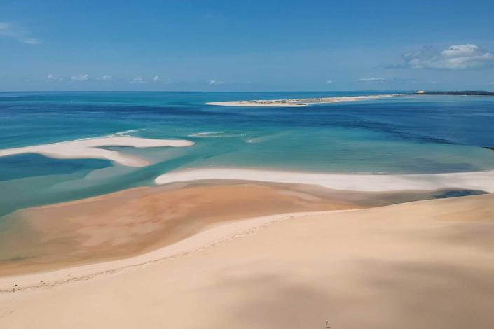 Breathtaking sandbanks on an island with turquoise water in Bazaruto Archipelago, Mozambique