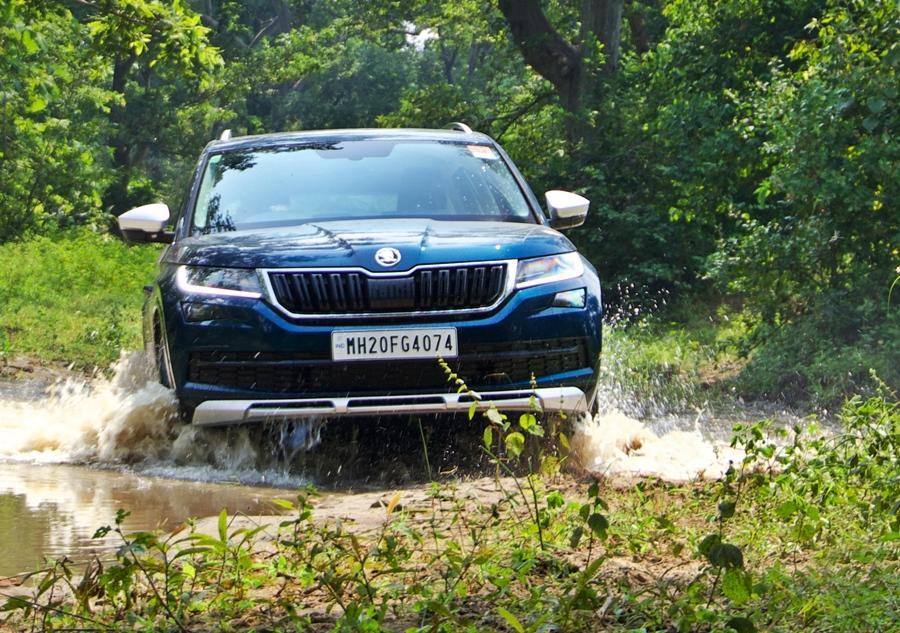 One of the best buys happens to be this Skoda as it combines decent off-road capability and high quality luxury, coupled with 7 seats.