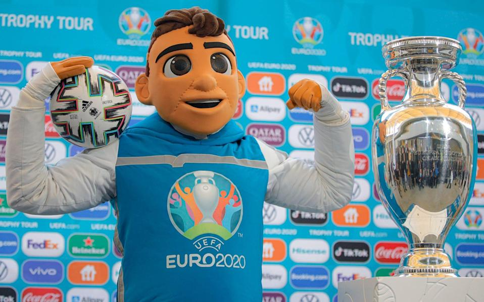 Euro 2020 final date when what time kick off how watch live tv channel odds prediction 2021 - AP
