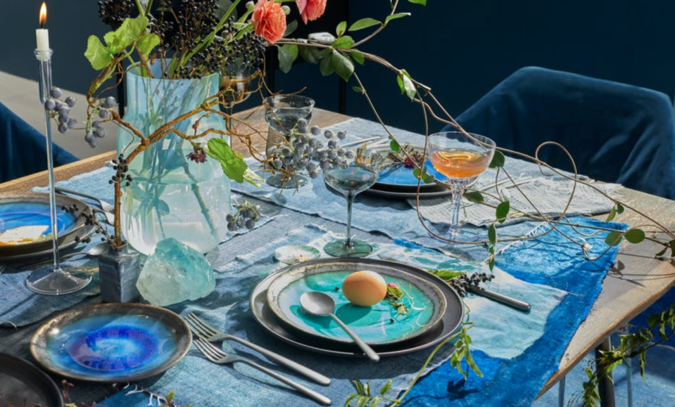 """<p><strong>Mystic Glacier Dinner Plate Turquoise</strong></p><p>ABC Carpet + Home</p><p><a href=""""https://go.redirectingat.com?id=74968X1596630&url=https%3A%2F%2Fwww.abchome.com%2Fp%2F1608052%2Fmystic-glacier-dinner-plate-turquoise&sref=https%3A%2F%2Fwww.veranda.com%2Fluxury-lifestyle%2Fg36531021%2Fmemorial-day-sales-2021%2F"""" rel=""""nofollow noopener"""" target=""""_blank"""" data-ylk=""""slk:Shop Now"""" class=""""link rapid-noclick-resp"""">Shop Now</a></p><p>The beloved custom furniture and tableware outpost is offering 25 percent off brand-wide for Memorial Day weekend both online and in-store. The brand's Brooklyn outlet in Industry City will also be opening on Saturday, May 29, so locals can score extra-special deals at the new shop while a selection of the new outlet's offerings are <a href=""""https://www.abchome.com/c/sale/brooklyn-outlet-sale"""" rel=""""nofollow noopener"""" target=""""_blank"""" data-ylk=""""slk:available for purchase online"""" class=""""link rapid-noclick-resp"""">available for purchase online</a>. </p>"""
