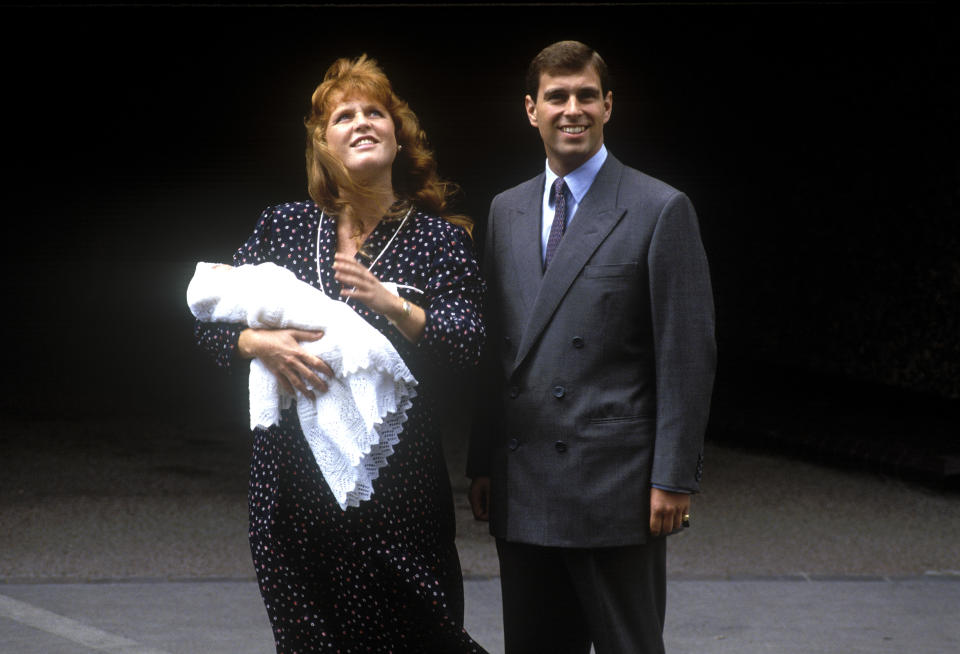 Prince Andrew, Duke of York, and Sarah, Duchess of York, leave Portland Hospital, London, with their newborn daughter Princess Beatrice, 12th August 1988. (Photo by John Shelley Collection/Avalon/Getty Images)