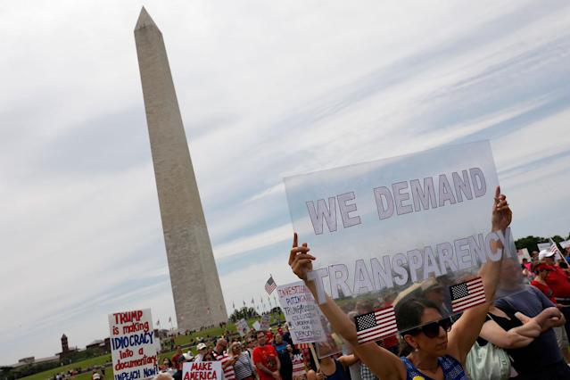 "<p>Demonstrators gather near the Washington Monument during the ""March for Truth"" on June 3, 2017 in Washington, D.C. (Photo: Aaron P. Bernstein/Getty Images) </p>"