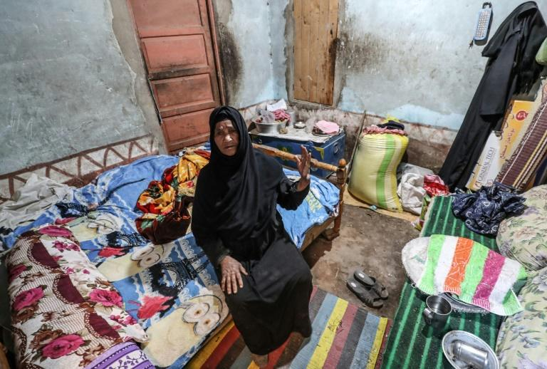 Years of political and economic turmoil since the 2011 Arab Spring have left one in three Egyptians struggling to survive below the poverty line (AFP Photo/Mohamed el-Shahed)