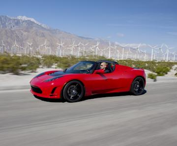 The original electric roadster will cease production as Tesla focuses on new sedan.
