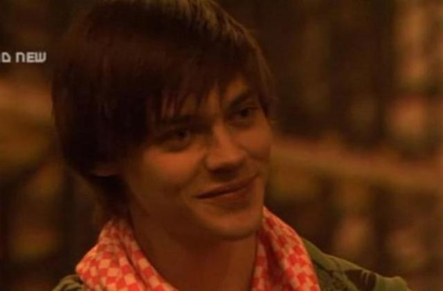 Tom Payne as Spencer in <em>Skins.</em> (Photo: YouTube)