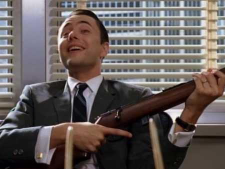 pete campbell rifle mad men